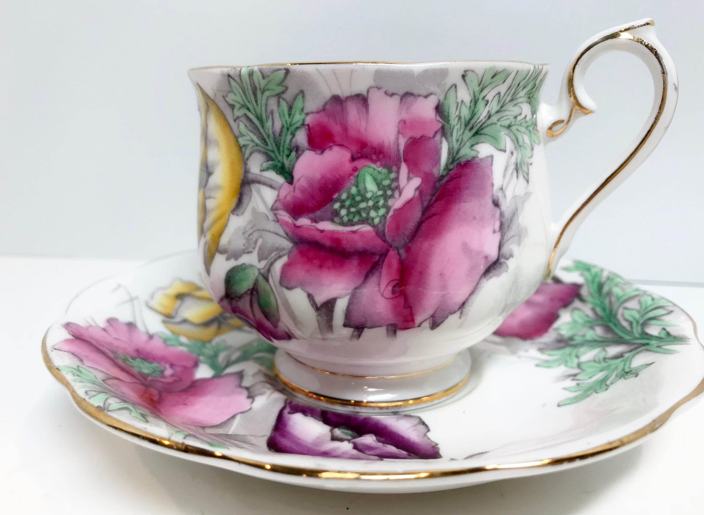 Royal Albert Tea Cup Flower Of The Month Series Poppy Tea Cup Set