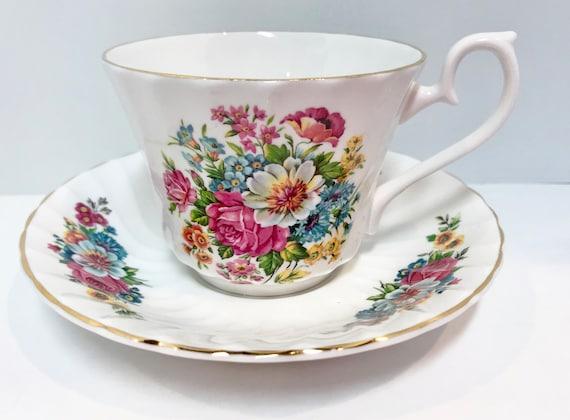 HM Royal Sutherland Teacup and Saucer, Floral Tea Cup, English Bone China, Antique Tea Cups Vintage, Floral Teacups, Bone China Cups