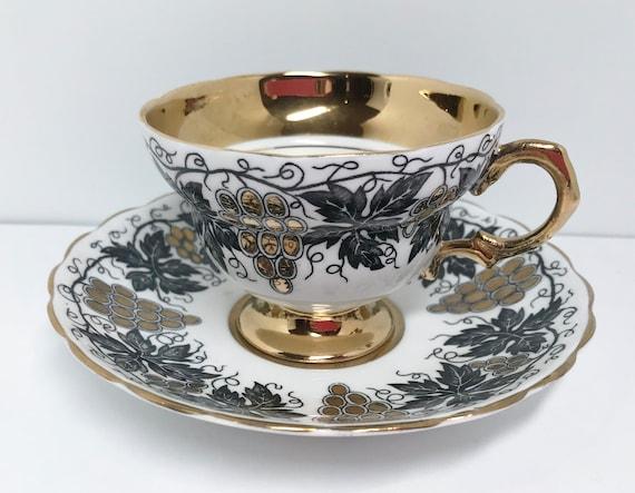 Black Gold Rosina Teacup and Saucer, Floral Teacups Vintage, Antique Teacups, Friendship Cup, Vintage Tea Cups, English Bone China Teacups