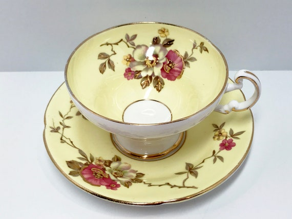 Old Royal Bone China, Floral Teacups, Yellow Teacups, English Bone China Cups, Antique Teacups Vintage, Hand Painted Tea Cups Vintage