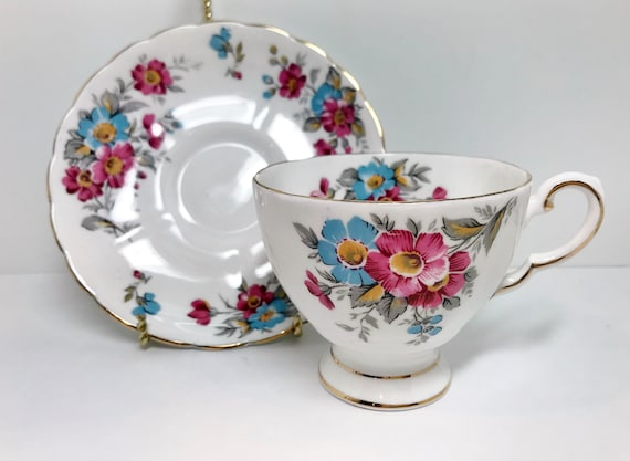 Tuscan Teacup, Floral Tea Cups, English Bone China Cups, Tuscan Tea Cups, Vintage Tea Party, Bridesmaid Gift, Afternoon Tea