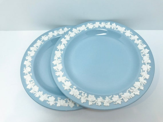 Pair Wedgwood Queensware Plates, Two Wedgwood Plates, Wedgwood Tea Plates, English Wedgwood, Cream on Lavender Plates
