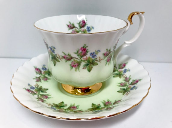 Royal Albert Tea Cup and Saucer, Antique Teacup, Vintage Tea Cups, English Bone China Cups, Floral Cups, Montrose Shape, Rose Teacups