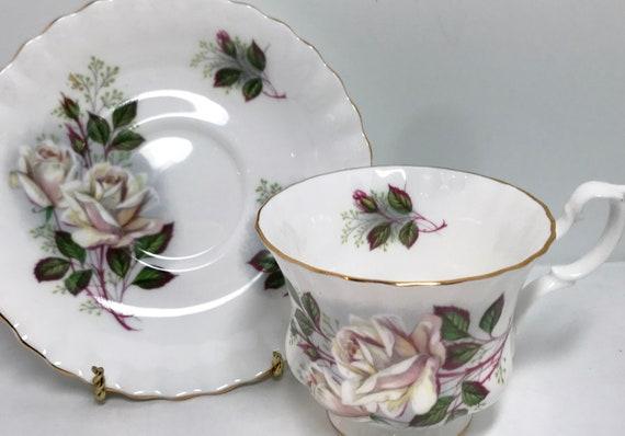 Royal Albert Tea Cup and Saucer, White Rose Pattern, Vintage Teacups Antique Tea Cups Vintage, Housewarming Gift, Friendship Cup