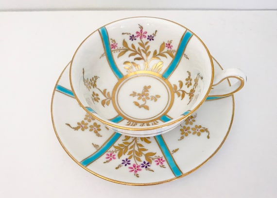 Hand Painted Royal Chelsea Teacup and Saucer, English Teacups, Gold Blue Tea Cups, Bone China Cups, Made in England, Antique Tea Cups