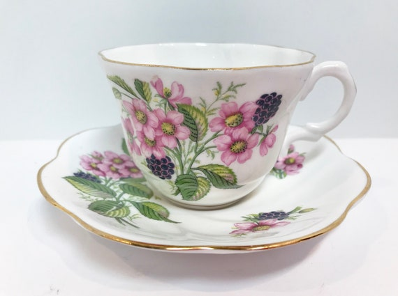Floral Teacups, Golden Crown Tea Cup and Saucer, Antique Teacups Vintage, Vintage Tea Cups, Floral Tea Cups