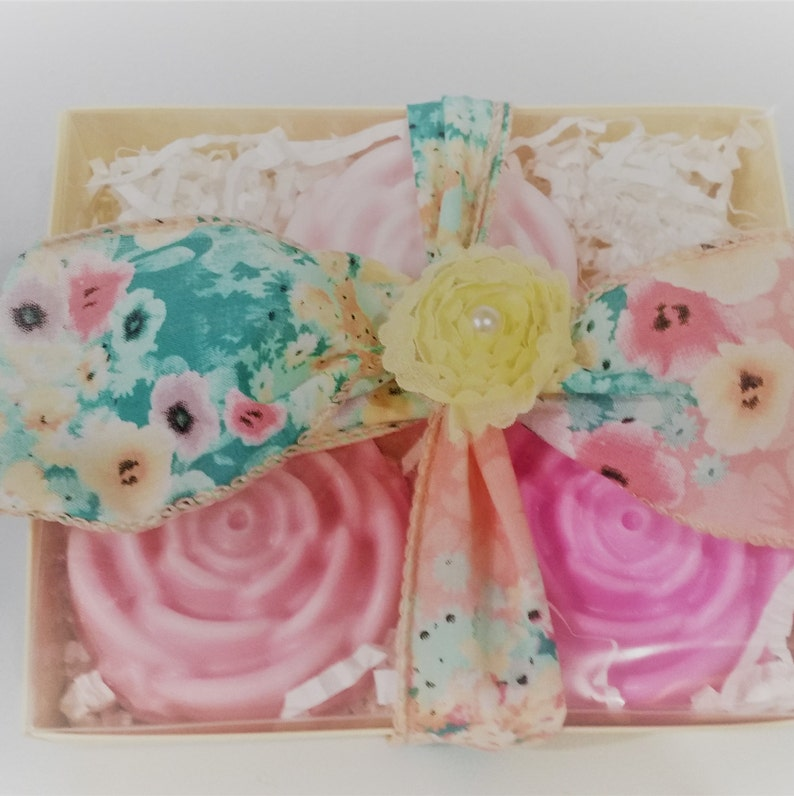 Peony Soap Gift Set - Set of 3 Peony Flower Soaps - Wedding Favors - Bridal  Shower - Baby Shower Favor - Easter Gift - Mother's Day Gift
