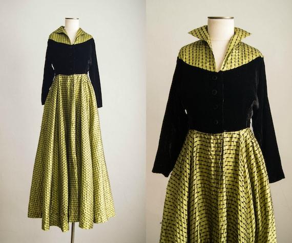 vintage 1940s dress / 40s silk velvet chartreuse d