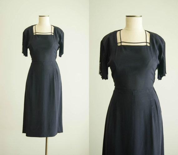 vintage 1940s dress / 40s rayon fringe sleeve dres