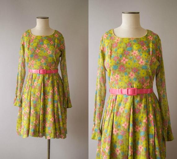 vintage 1960s dress / 60s long sleeve floral mini