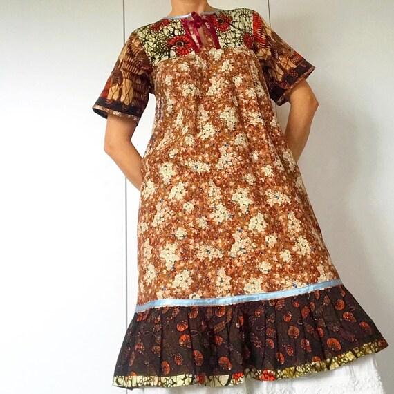 70s Vintage BOHO/PATCHWORK dress. - image 3