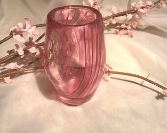 Vase en verre soufflé.  Soufflé Vase spirale rose à la main.  UNIQUE cadeau pour elle.