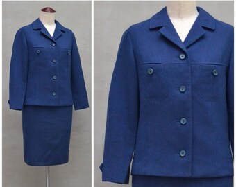 Vintage ladies suit, 1960s blue two piece, jacket / skirt ensemble, Formal / smart Jackie O style suit, wiggle silhouette, mod