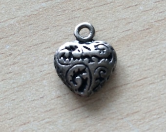 heart filled the charms in silver