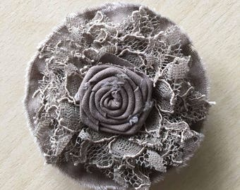 brooch lace and pink chocolate Center