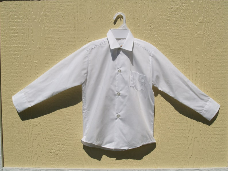 007cb72af30a Vintage Boy s Long Sleeve School Shirt Size 6 Boy s