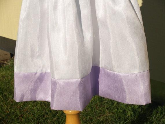 Girls White & Lilac Flower Girls Dress, Sleeveles… - image 5