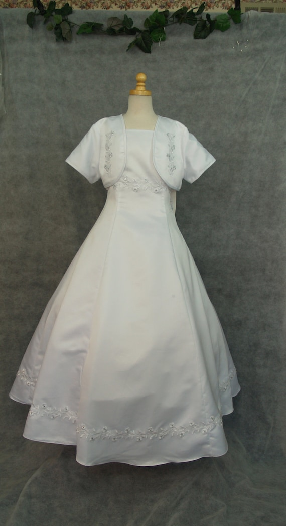 a40c6725787ad Girls White Satin Communion Dress w jacket   corset back size