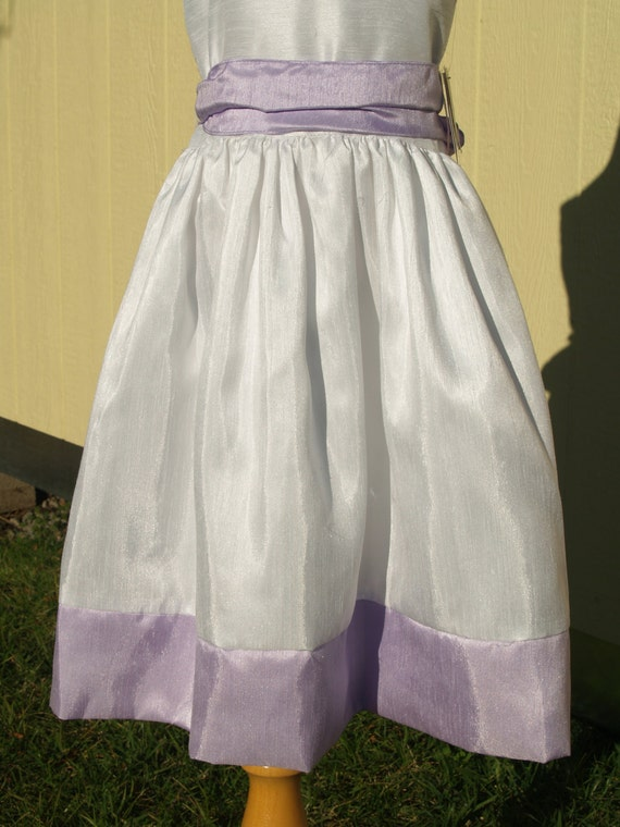 Girls White & Lilac Flower Girls Dress, Sleeveles… - image 2