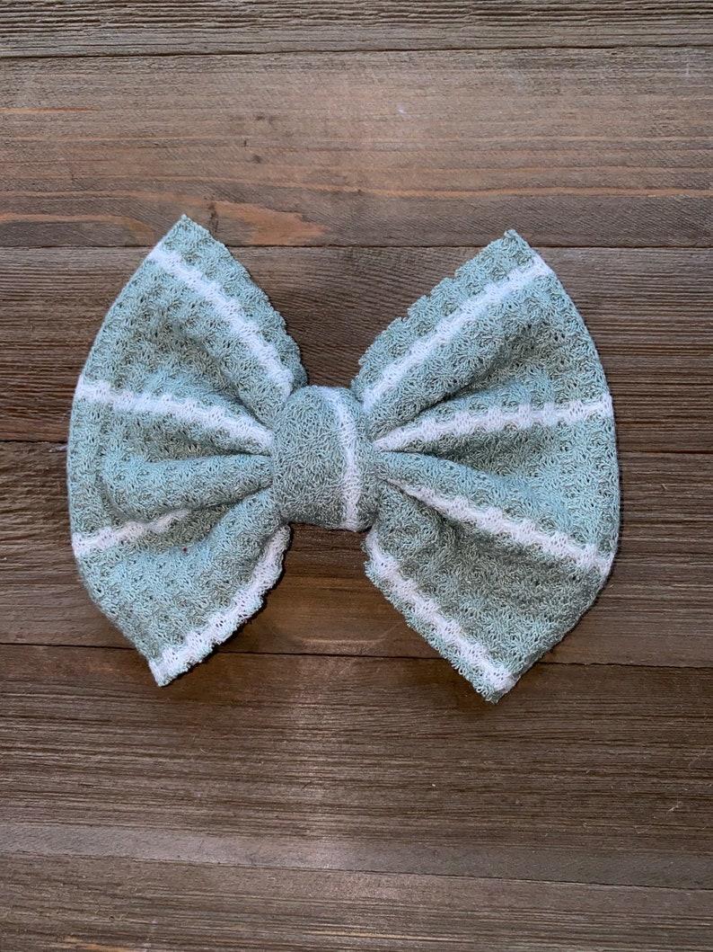 Sage stripes waffle knit hair bow