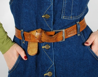 """1970's Tooled Leather Belt - 70's Brown Leather Belt - 33""""-39"""" Waist"""