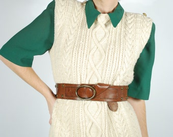 1960's Sweater Vest - Cream Cable Knit Sweater - Size M/L