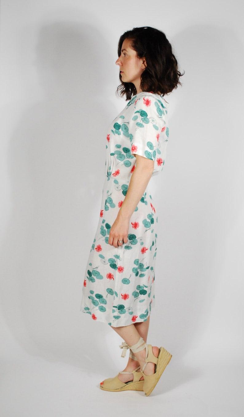 d6a8fdb2a2 1960 s Linen Sheath Dress 60 s Lily Pad Print Floral