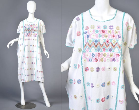 Cassie 1970s South American Embroidered Caftan