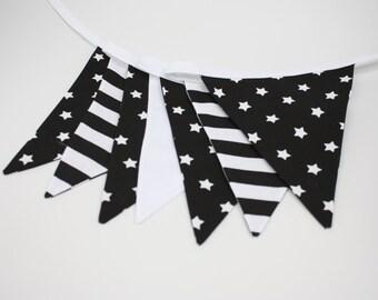 Black & White Garland Bunting