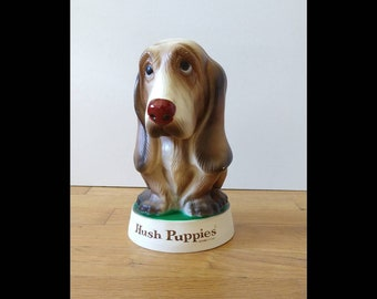 Hush Puppies on foot Basset Hound dog vintage NWOT leather Born dated  10