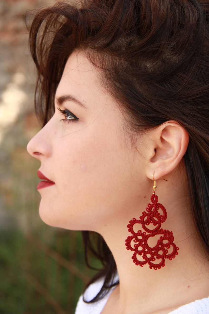 Tatted lace red earringsHandcrafted tatted earringsred earringsFrivolite earringsTatted jewelryLace earrings