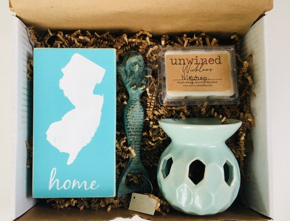 Holiday Gift Set ~ New Jersey Gift Box ~ Christmas ~ Gifts For her - New Home ~ Bruce Springsteen Jersey Girl - Sister Friend Gift