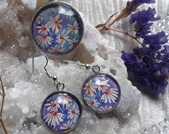 Daisy Jewellery Set - Daisy Necklace - Daisy Earrings - Daisy Art - Flower Jewellery