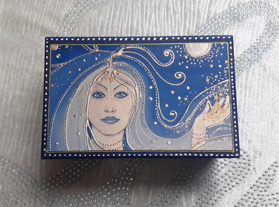 Goddess Trinket Box - Goddess Jewellery Box - Wooden Trinket box - Goddess of Night -  Decorative Box