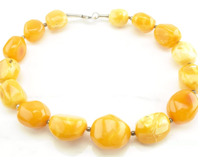 Featured listing image: 116 gm Natural Baltic Amber Bead Necklace