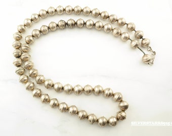 Vintage Native American  Sterling Silver  Navajo Pearls Bench Beads Necklace