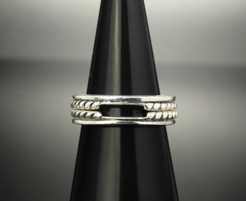 Cut Out Enchancer Sterling Silver Ring Size 7.25 Vintage