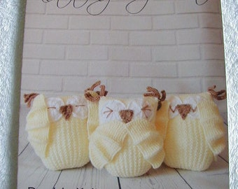 3 Wise Owls Knitting Pattern In DK