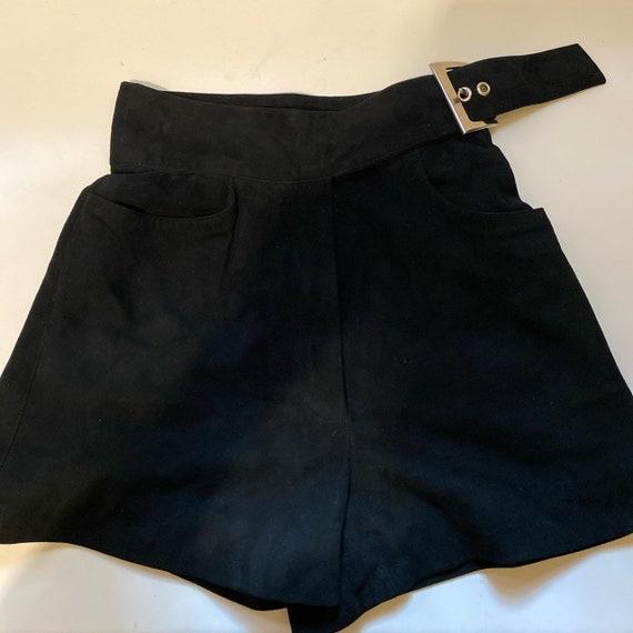 Claude Montana suede highwaist buckle shorts