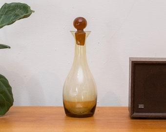 Amber Glass Decanter Liquor Bottle -Honey Coloured Sleek Bubble Wine Decanter with Stopper - Mid-Century Whisky Bottle