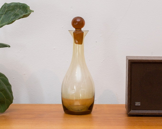 Amber Glass Decanter Liquor Bottle -Honey Coloured Sleek Bubble Wine Decanter with Stopper - Mid-Century Whisky Bottle
