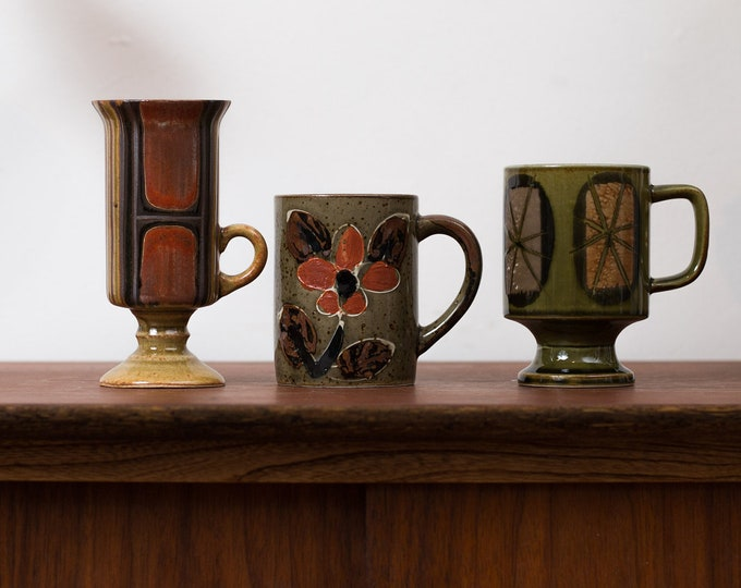 Vintage Abstract Mugs- Set of 3 Earthtone Art Pottery Mugs - Brown and Green Deco Ceramic Coffee Mugs