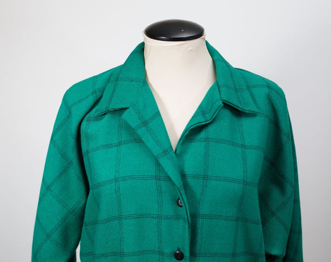 Vintage plus size green dress with front buttons and collar and black square pattern / made by Van Ultra / Norma Bates