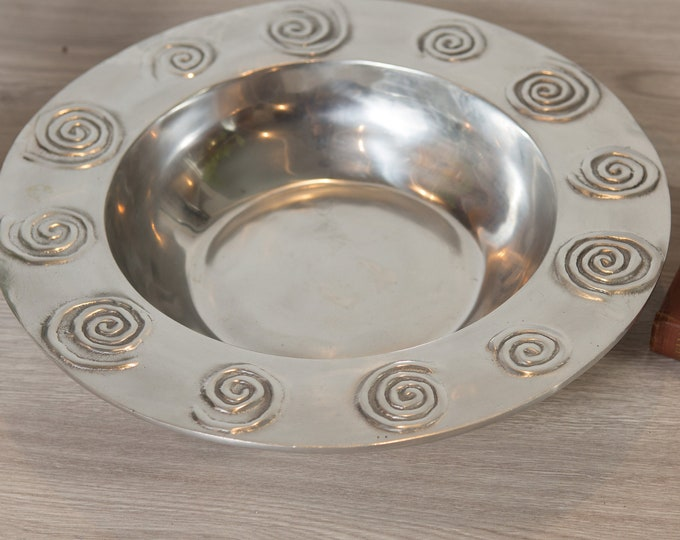 Large Pewter Bowl - Hand Cast and designed Silver Coloured Wide Decorative Vintage Metal Bowl with Spiral Design.