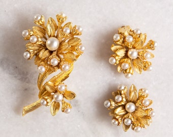Earrings and Brooch Set - 50's Vintage Gold Tone PAM Earrings - Clip on Costume Jewelry with Faux Pearls - Ornate Floral Intricate Design
