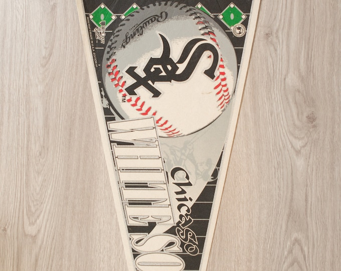 Chicago White Sox Pennant - Vintage Felt Sports Souvenir Hanging Triangle Shaped Sports Theme Wall Decor - Boys Room Wall Hanging
