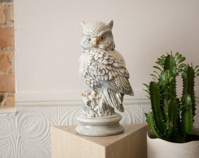 Vintage Ceramic Owl Statue - Hand-painted Boho Modern Kitsch Standing Bird Statue Figurine - Country Farmhouse Decor