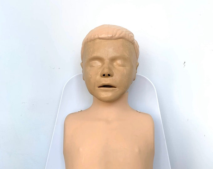 CPR Dummy - Vintage Resuscitation Male Dummy Training Head - Laerdal medical Training Manikin EMT Patient Simulator - Halloween Decor