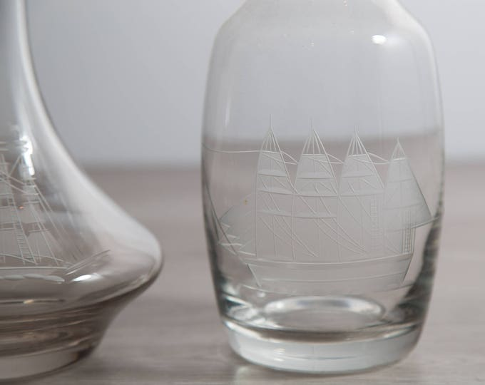 Crystal Glass Decanters / Nautical Ship Vintage Etched Glass Decanters for Whisky, Hard Liquor / Vintage Barware