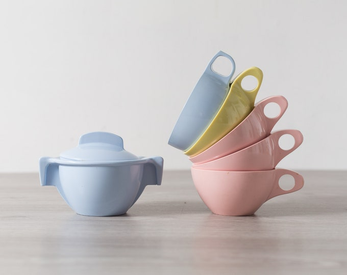 Vintage 6 piece Set of Pastel Blue, pink and yellow Melmac Tea Cups with Handles - Coffee Mugs - Maplex Toronto Melmac, Harmony House